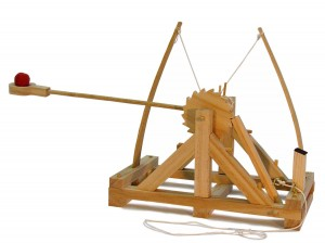 wooden catapult leonardo da vinci